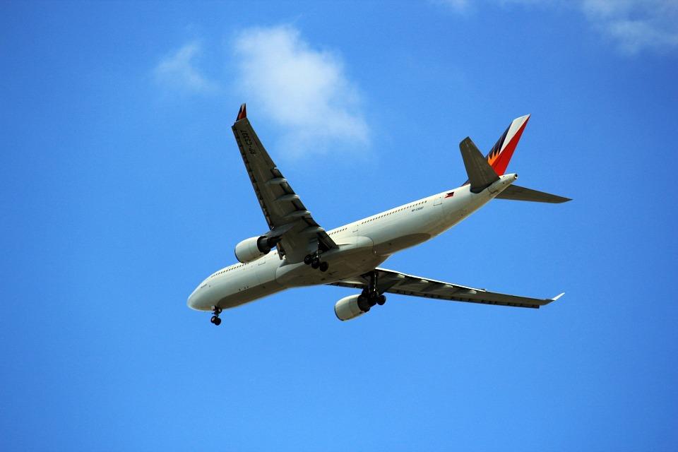 airplane-316716_960_720