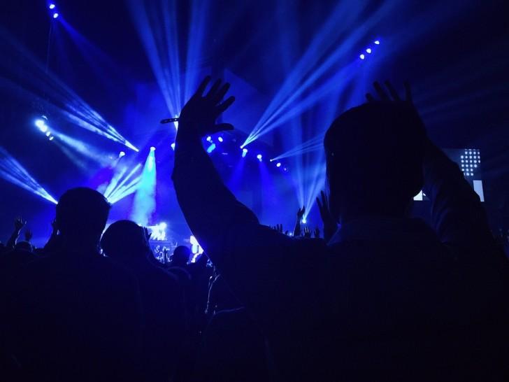 concert-768807_960_720