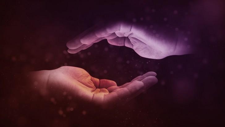 hands-1947915_960_720