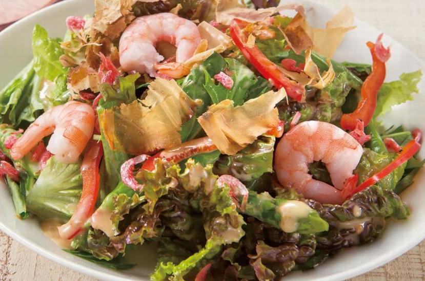 海老とアスパラの胡麻風味サラダ